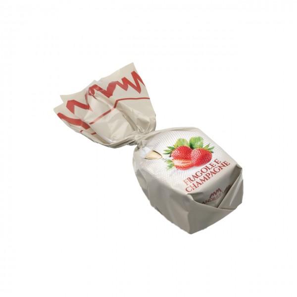 Cuneesi - Dunkle Praline mit Erdbeer-Champagner-Ganache gefüllt